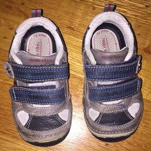 Stride Rite Velcro Sneakers